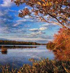 Indian Summer on Coolbaugh Lake, Pennsylvania © Nicholas_T, Flickr
