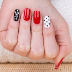 paznokcie czarne w białe kropki - Szukaj w Google
