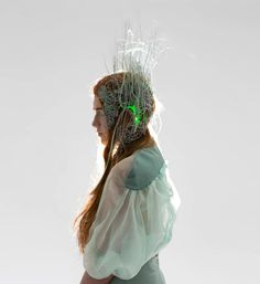 RISD-fashion-interaction-wearable-technology-designboom-13 http://www.designboom.com/design/rhode-island-school-of-design-risd-fashion-interaction-wearable-technology-08-15-2015/