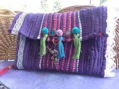 Rug Yarn, Knitted Bags, Clutch Purse, Craft Fairs, My Bags, Handicraft, Weaving, Purses, Knitting