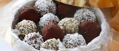Рецепт очень простой, но такие вкуснющие творожные шарики с разнообразным покрытием однозначно достойны места на праздничном столе на Шавуот!