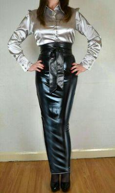 Black rubber high waisted hobble skirt Long Leather Skirt, Black Leather Skirts, Blouse And Skirt, Dress Skirt, Pvc Skirt, Sexy Rock, Rubber Dress, Hobble Skirt, Satin Bluse