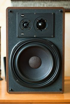 Polk Speakers, Pro Audio Speakers, Monitor Speakers, Bookshelf Speakers, Hifi Audio, Floor Standing Speakers, Music System, High End Audio, Speaker System