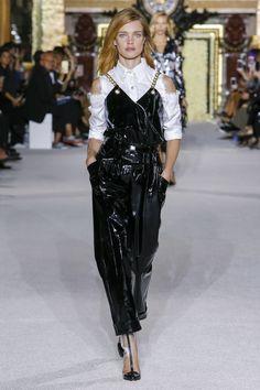 Balmain Spring 2018 Ready-to-Wear  Fashion Show - Natalia Vodianova