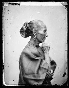 An old Cantonese woman, Guangzhou, 1868-70.