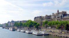 Paris VII - Port de Solferino Quai Anatole-France .