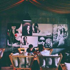 """""""Đi đâu không quan trọng Quan trọng là với ai Miễn là đêm bớt dài Ngày ít đi hiu quạnh..."""" - S.H.E Cafe  #missher #coffee #coffeetime #coffeeshop #coffeebreak #coffeeholic #coffeelover #coffeeaddict #cafe #livemusic #cafelife #saigon #saigonese #saigonbynight #saigoncafe #hcm #hcmc #hcmcity #hochiminh #hochiminhcity #vsco #vscocam #ghiencaphe"""