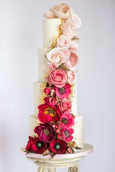 Modern Wedding Cakes ombre sugar flower cascade on this glamorous showstopper wedding cake by Meadowsweet Cakes, a Hertfordshire wedding cake company. Photography by Rafe Abrook Photography - Blush Wedding Cakes, Big Wedding Cakes, Wedding Cake Fresh Flowers, Luxury Wedding Cake, Elegant Wedding Cakes, Wedding Cupcakes, Wedding Cake Toppers, Personalized Cake Toppers, Cake Trends