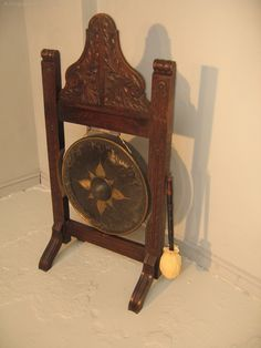 Victorian Oak Frame Dinner Gong - Antiques Atlas Get Directions, Clock, Carving, Victorian, Dinner, Antiques, Frame, Home Decor, Watch