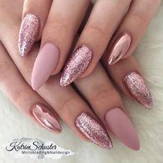 10 elegant rose gold nail designs you should try . - 10 elegant rose gold nail designs you should try must - Rose Nail Art, Rose Gold Nails, Pink Glitter Nails, Matte Pink Nails, Powder Glitter Nails, Pink Chrome Nails, Pink Nail Art, Glitter Hair, Matte Gold