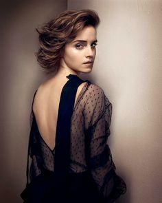 Emma Watson GQ UK Magazine Photoshoot October 2013 c >> Is this really Emma? This is classic beauty right here.