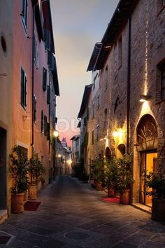 Image of 'San Quirico d'Orcia An ancient town in the Italian Tuscany.