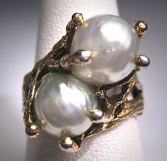 Go for baroque!   Vintage Baroque Pearl Ring Mid Century by AawsombleiJewelry, $199.00