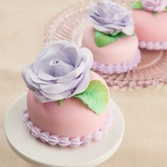 """gastrogirl: """" almond paste-strawberry cakes with gum paste roses and icing. """""""