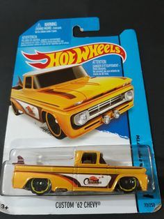 72/250 Custom Hot Wheels, Hot Wheels Cars, Carros Hot Wheels, Hot Wheels Storage, Hot Wheels Treasure Hunt, Hot Wheels Birthday, Matchbox Cars, Mini Trucks, Lifted Ford Trucks