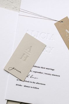 Modern Wedding Stationery, Wedding Stationery Inspiration, Wedding Stationary, Wedding Invitations, Brochure Inspiration, Minimal Wedding, Stationery Design, Wedding Paper, Wedding Trends