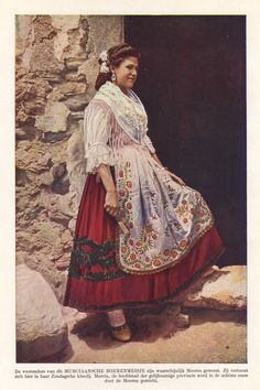 Items similar to Spanish girl in traditional dress, original 1930 print - Spain, folk, Murcia - 85 years old antique lithograph illustration on Etsy Spanish Costume, Spanish Dress, Spanish Girls, Traditional Mexican Dress, Traditional Dresses, Folk Clothing, Italian Outfits, Mexican Dresses, Europe Fashion