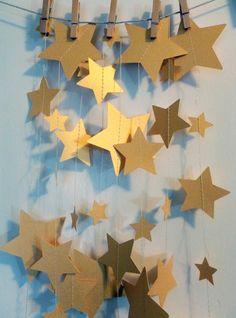 Gold Shimmer Stars Metallic Paper Garland by SassyPantsNebraska Star Banner, Star Garland, Balloon Garland, Office Party Decorations, Gold Wedding Decorations, Backdrop Wedding, Garland Wedding, Office Decor, Camping 3