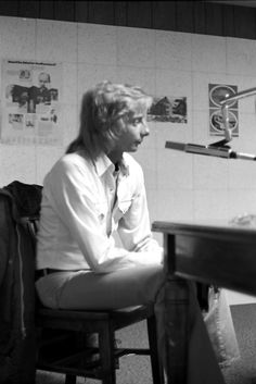Ron Olson interviews Barry Manilow in the studios of WLYX-FM, April 1974