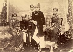 Rare Old Photographs | maharajah krishna raja wadiyar iv with his brother sisters until