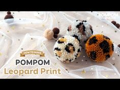 Yarn Crafts, Crafts To Make, Diy Crafts, Pom Pom Animals, Pom Pom Maker, How To Make A Pom Pom, Pom Pom Crafts, Crafty Craft, Crafting