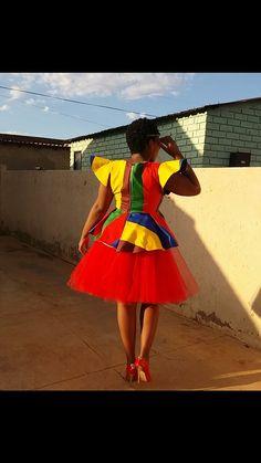 Bridesmaids, Bridesmaid Dresses, Wedding Dresses, African Traditional Dresses, African Design, African Prints, Makeup Tutorials, African Dress, Turban