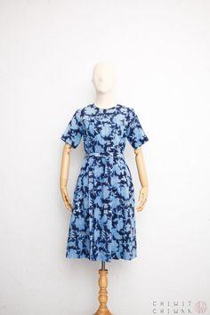 Handmade short sleeved textured geometric blue dress with belt  Japanese Vintage  Vintage blue dress Polka dot dress  Size S-M-L