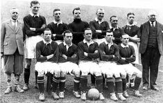 The Wembley Wizards. The Scotland team that thrashed England in 1928 Scotland Top, England And Scotland, England Top, International Football, Retro Football, Wizards, How To Memorize Things, March, Mac