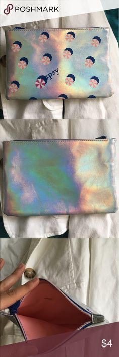 Ibsy bag Never used, small mark inside, but perfect condition Bags Cosmetic Bags & Cases