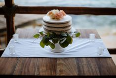 Simbolic and romantic cake