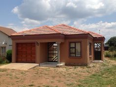 FYI: Free Tuscan House Plans In South Africa - House Plans, Home Plan Designs, Floor Plans and Blueprints Round House Plans, Tuscan House Plans, Free House Plans, House Plans With Photos, Simple House Plans, Family House Plans, House Floor Plans, Contemporary House Plans, Modern House Plans