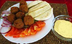 Egy finom Falafel humusszal ebédre vagy vacsorára? Falafel humusszal Receptek a Mindmegette.hu Recept gyűjteményében!