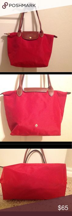 Longchamp bag Gorgeous in excellent condition gently used. No visible stains on outside. Some visible stains on inside but not bad. No holes. Medium size. Not real small! Longchamp Bags Shoulder Bags