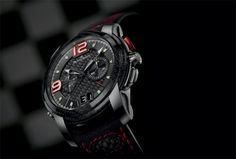 The Blancpain L-Evolution Split-Seconds Flyback Chronograph watch with Large Date  The latest addition to the L-evolution collection features a flyback split-seconds chronograph mechanism and a large date. The Blancpain L-Evolution Split-Seconds Flyback Chronograph watch, combines carbon fibre and cutting-edge technology, reflects Blancpain's strong commitment in GT racing.