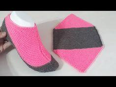 Crochet Shoes Pattern, Lace Knitting Patterns, Lace Patterns, Knitting Stitches, Knitting Socks, Baby Knitting, Knitted Booties, Crochet Boots, Knitted Slippers