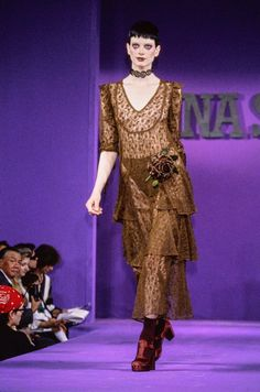 Anna Sui Spring 1993 Ready-to-Wear Collection Photos - Vogue