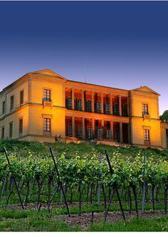Schloss Ludwigshöhe bei Edenkoben an der Südlichen Weinstrasse Urlaubstipp: www.prinzregent-edenkoben.de
