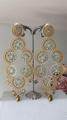 Indian Jewelry Earrings, Bead Jewellery, Beaded Earrings, Jewelry Art, Beaded Jewelry, Handmade Beads, Earrings Handmade, Bridal Party Jewelry, Brick Stitch Earrings