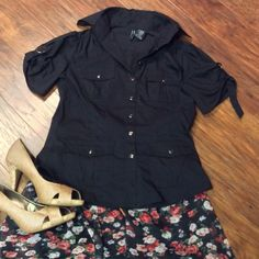 CUTE UTILITY STYLE BUTTON DOWN BLOUSE Stylish and trendy, and can be worn dressy or casual.. Some stretch to the fabric.. Metal style buttons Mix it Stretch Tops Button Down Shirts