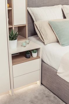 ikea bedroom ideas perfect for small spaces 00032 Ikea Bedroom, Bedroom Wardrobe, Small Room Bedroom, Home Bedroom, Master Bedroom, Bedroom Decor, Small Bedroom Storage, Bedrooms, Rustic Bedroom Design