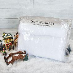 Stort snetæppe i pladevat til dit julelandskab. Størrelse 200x50 cm.
