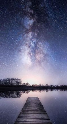 Night Sky Wallpaper for Mobile – Night Sky Images – Night Sky Background Candid Photography, Night Photography, Landscape Photography, Nature Photography, Xiaomi Wallpapers, Iphone Wallpapers, Night Sky Wallpaper, Wallpaper Space, Mobile Wallpaper