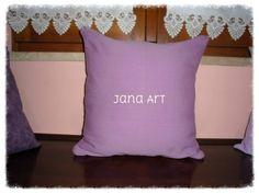 I love my sew machine. New cover cushion :)