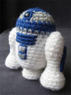 Star Wars Amigurumi Pattern - R2-D2