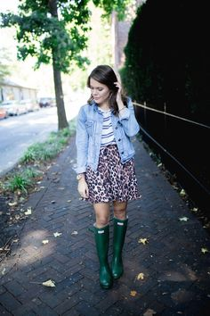 Fall Fashion on Glitter & Gingham // how to mix your prints, how to style hunter boots