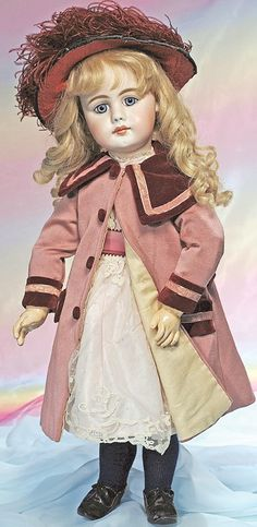1: BEAUTIFUL SIMON & HALBIG MOLD 949 DOLL WITH LONG-FAC : Lot 1