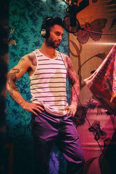 Adam Levine Behind t