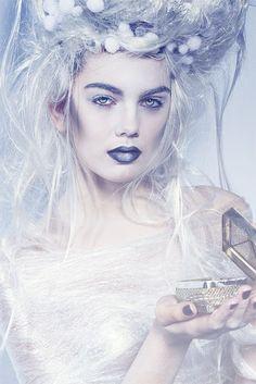 Winter Schnee Fee Make Up Looks, Ideen & Trends 2015 Hd Make Up, Make Up Looks, How To Make, Ice Blonde, Snow Queen, Ice Queen, Maquillaje Halloween, Halloween Face Makeup, Winter Make-up