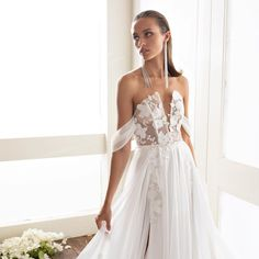 Discover the latest 2020 collection designed by Elia Vatine ,leading bridal gown designer of Bridal Gowns in Israel is a graduate of The Shenkar Fashion Art Academy in Tel Aviv Bridal Gowns, Wedding Dresses, Bridal Boutique, Fashion Art, Couture, Bride, Lace, Fantasy, Collection
