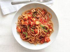 Spaghetti With Spicy Scallop Marinara Sauce